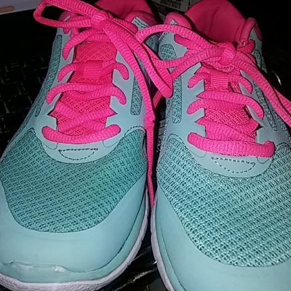 cc10e7c89900 champion gym shoes Sale